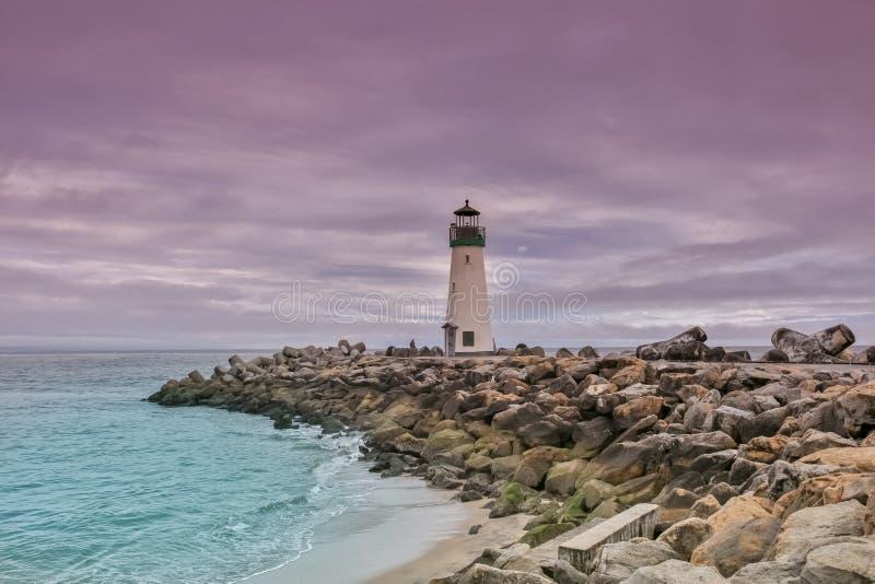 Crepúsculo dramático sobre Walton Lighthouse fotografia de stock royalty free