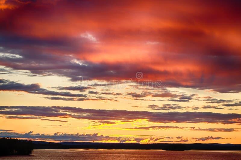 Crepúsculo em Finlandia imagens de stock royalty free