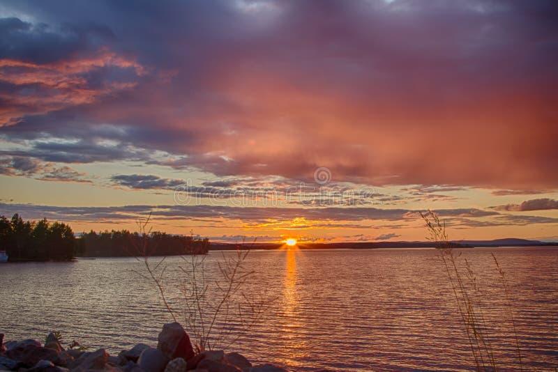 Crepúsculo em Finlandia fotografia de stock royalty free