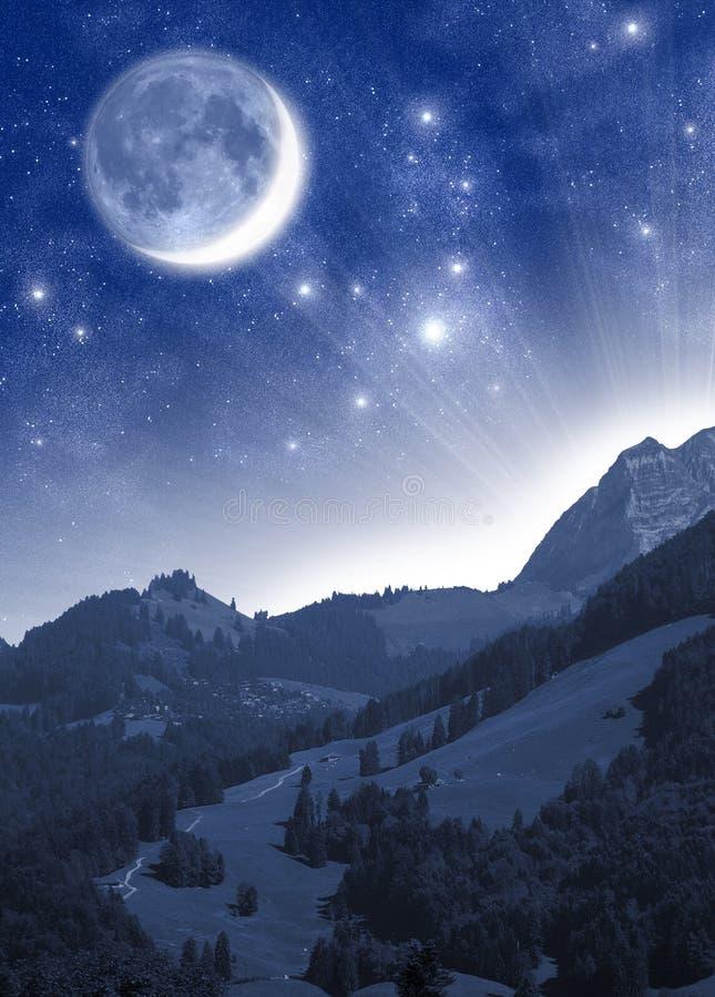 Crepúsculo misterioso stock de ilustración