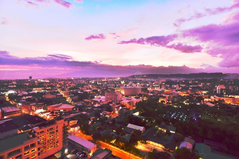 Crepúsculo rojo hermoso fotografía de archivo libre de regalías