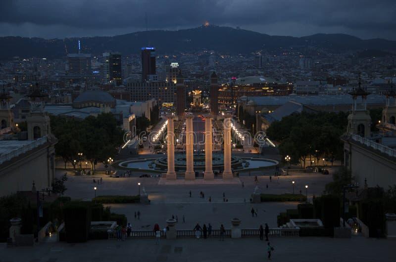 Crepúsculo sobre Barcelona imagenes de archivo