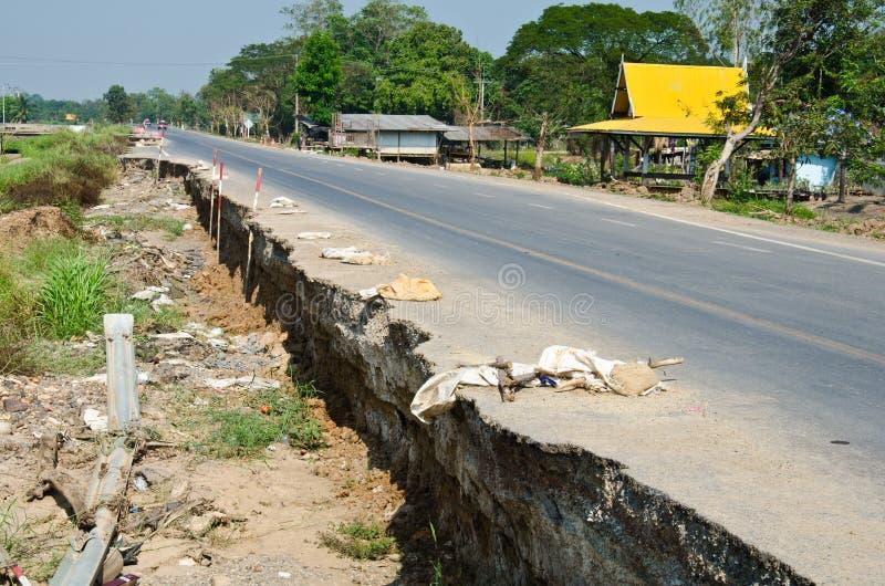 Crepa della strada. immagine stock