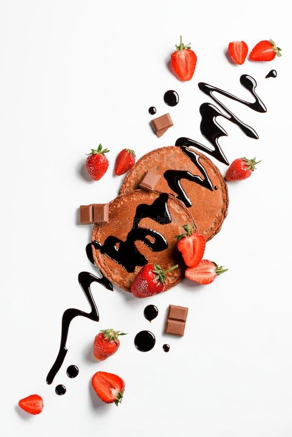 Crepes con las frutas y el chocolate imagen de archivo