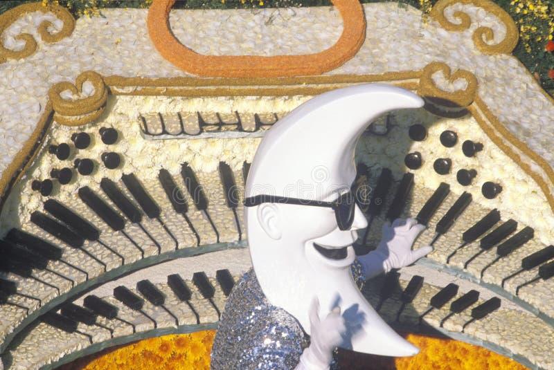 Crescent Moon Float in Rose Bowl Parade, Pasadena, Californië stock afbeeldingen