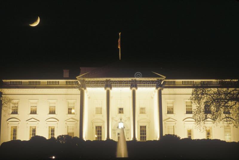 Crescent Moon over het Witte Huis, Washington, D C stock foto's