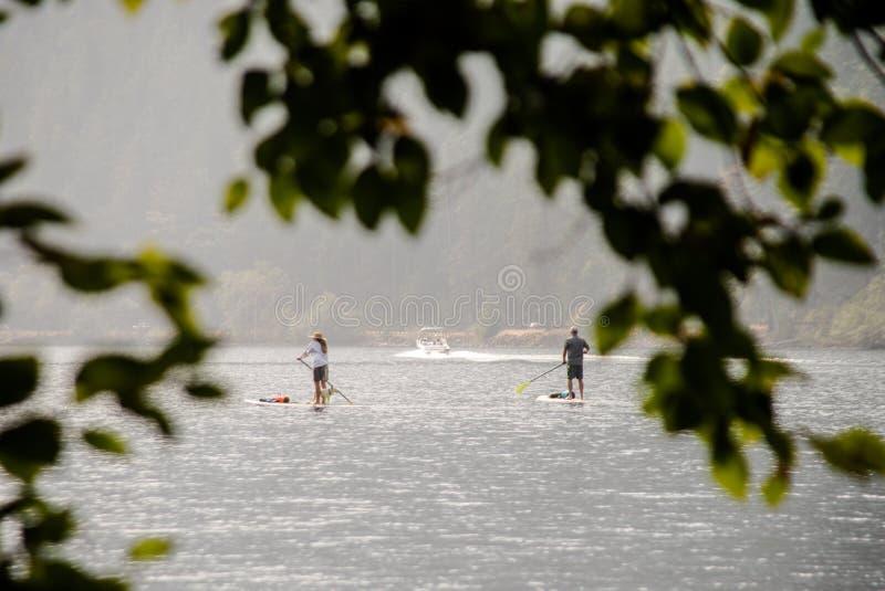 Crescente do lago Pá-embarque imagens de stock