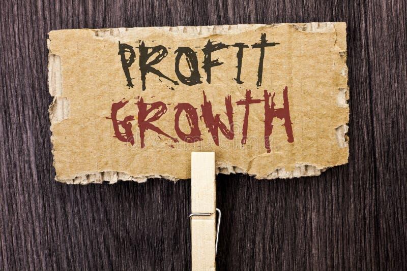 Crescimento de lucro do texto da escrita da palavra Conceito do negócio para financeiro fotografia de stock royalty free