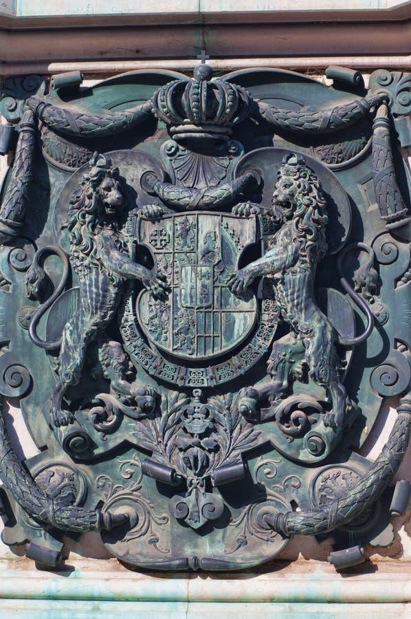 CREST op het standbeeld van Prins Eugene van Savooiekool in Wenen, Oostenrijk royalty-vrije stock fotografie