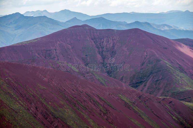 Creste della montagna nel Perù fotografie stock libere da diritti