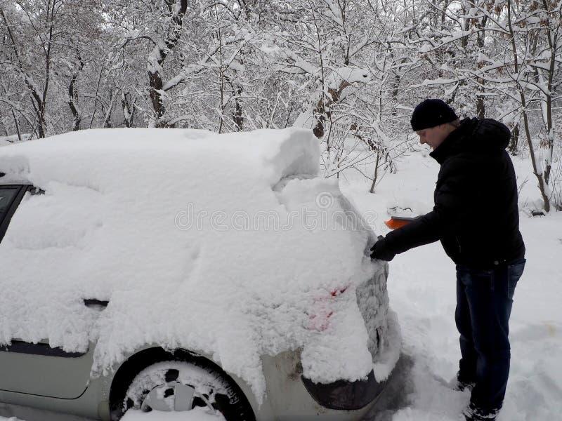 Creusement d'une machine de neige image libre de droits