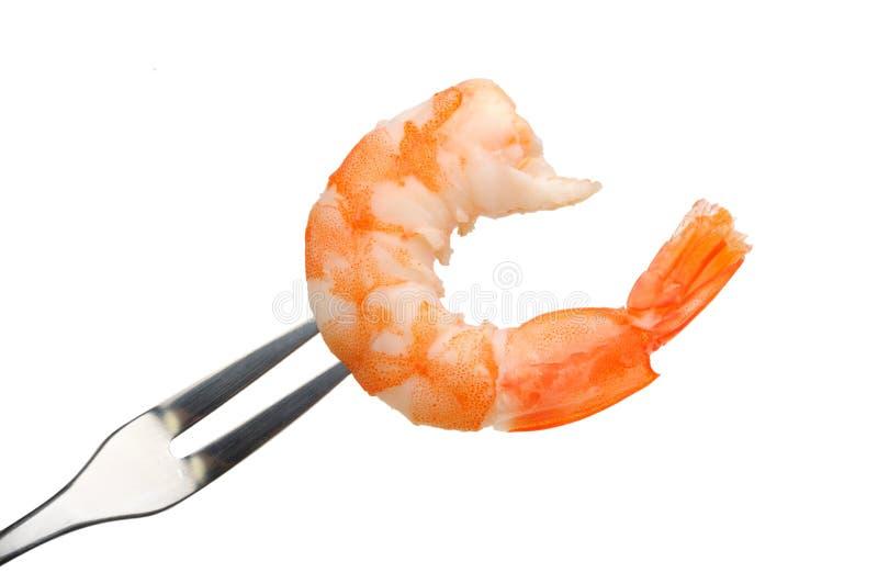 Crevette enlevée sur une fourchette image stock