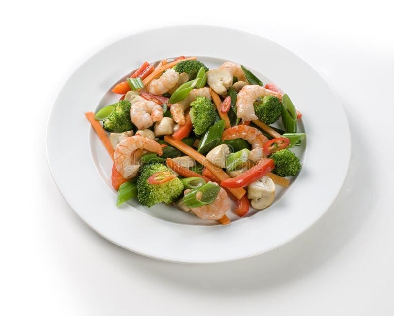 Crevettes et légumes frais photos libres de droits