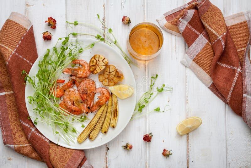 Crevettes, maïs et ail Toasty photographie stock libre de droits