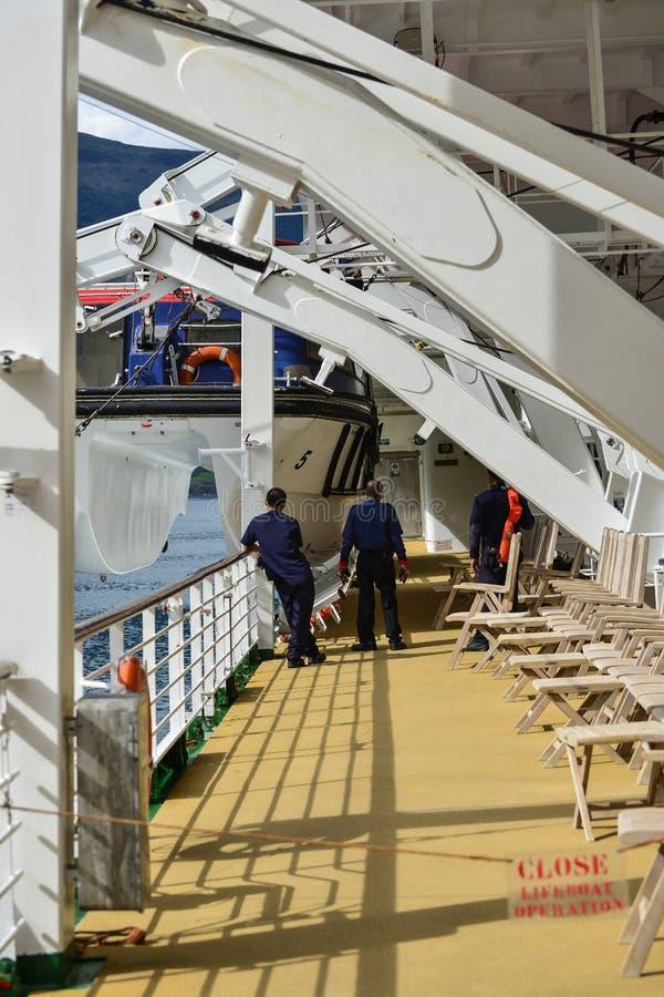 Download Crew Maintenance Editorial Stock Photo - Image: 37819473