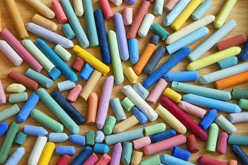 Creyones en colores pastel suaves para dibujar imágenes de archivo libres de regalías