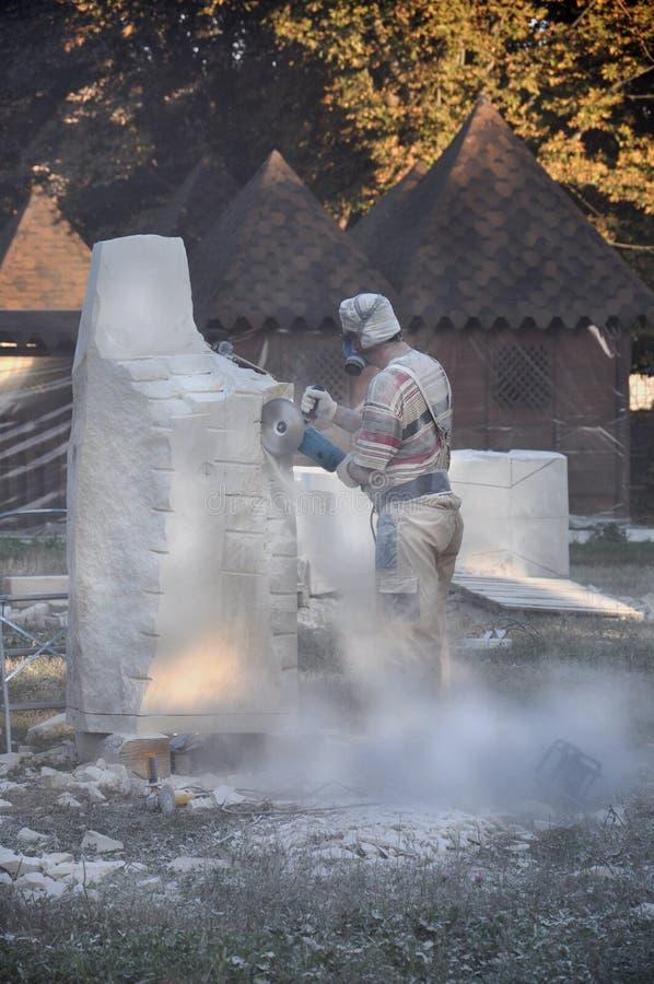 Criação dos monumentos escultores que criam esculturas imagem de stock royalty free