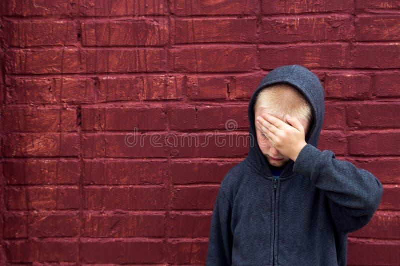 Criança abusada imagens de stock