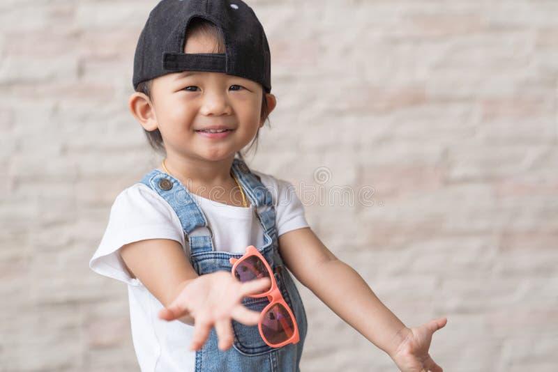 Criança bonito asiática do bebê happinese imagens de stock