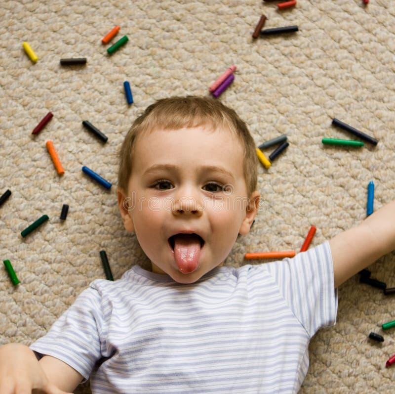 Criança brincalhão   fotografia de stock