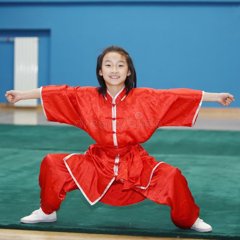 Criança chinesa do kungfu fotos de stock