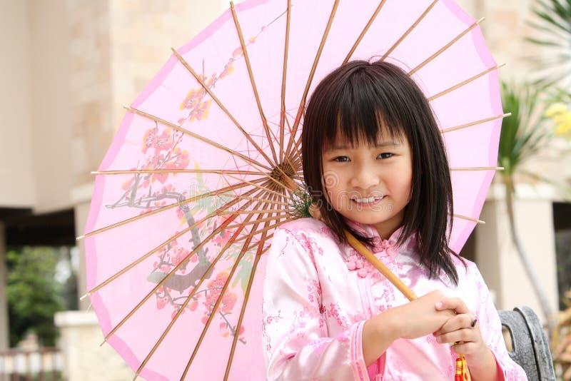 Criança chinesa feliz fotografia de stock royalty free