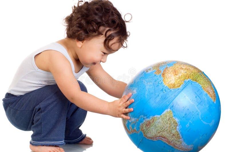Criança com globo. imagem de stock royalty free