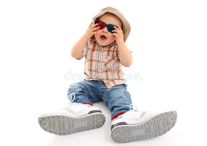 Criança com vidros 3D imagens de stock