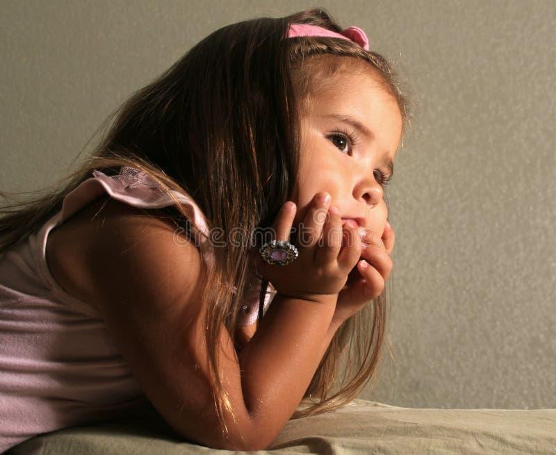 Criança Day-dreaming fotografia de stock