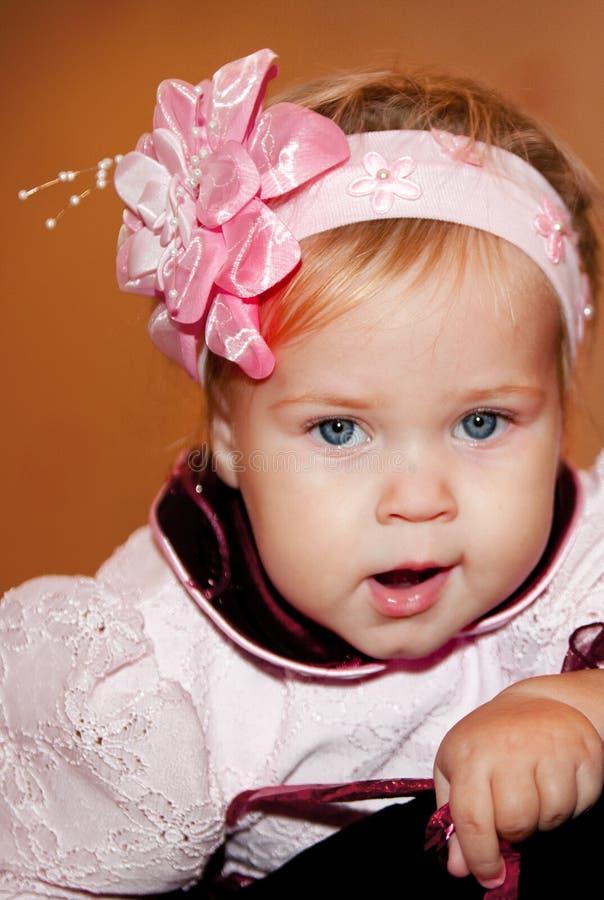 Criança de bocejo
