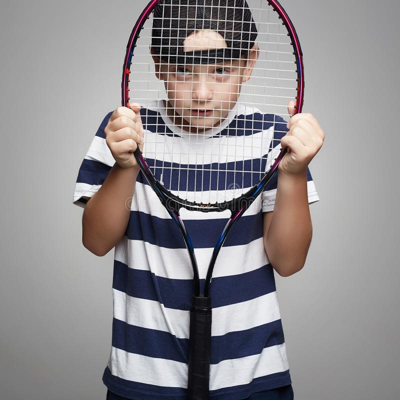 Criança do esporte com raquete de tênis fotos de stock