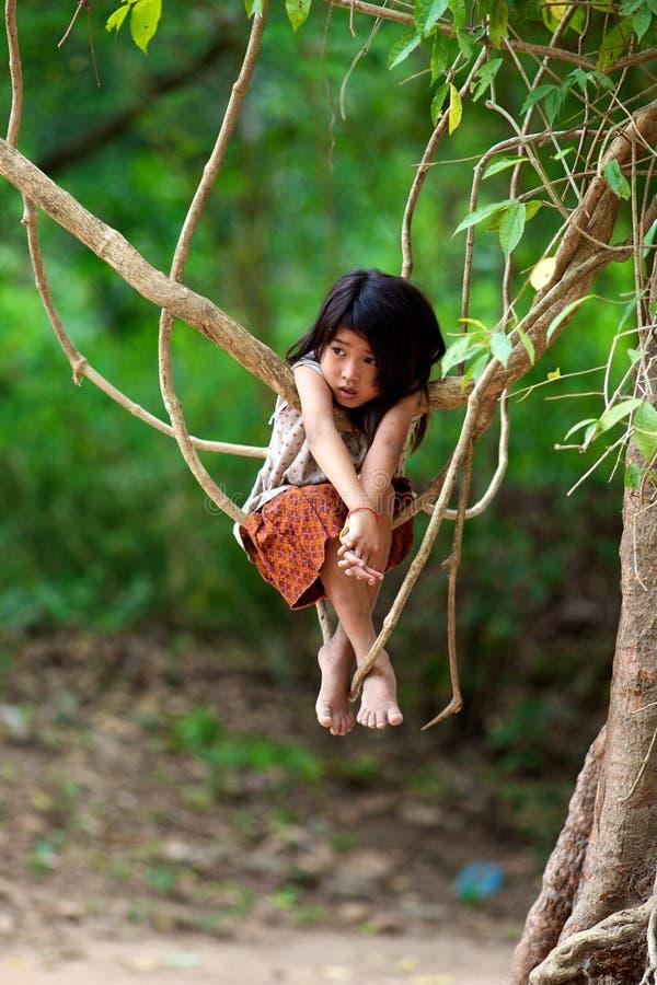 Criança do Khmer em Cambodia