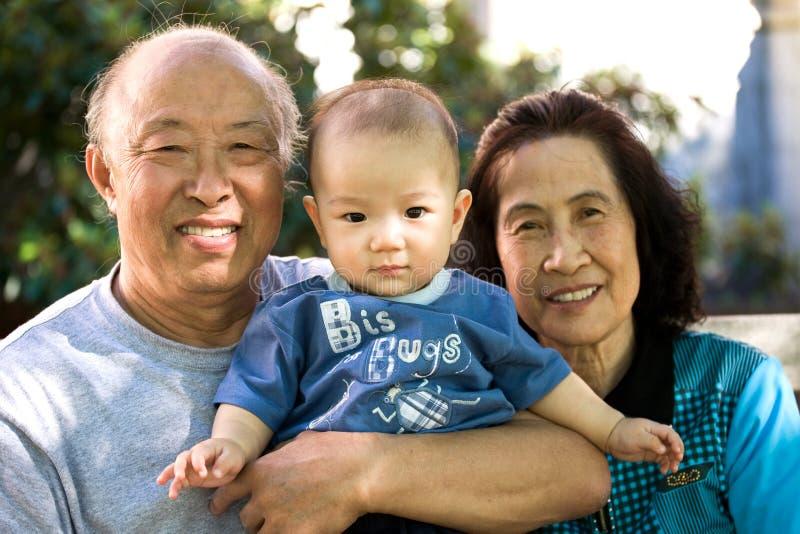 Criança e grandparents fotos de stock royalty free