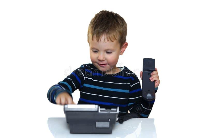 A criança está chamando a linha aberta imagem de stock