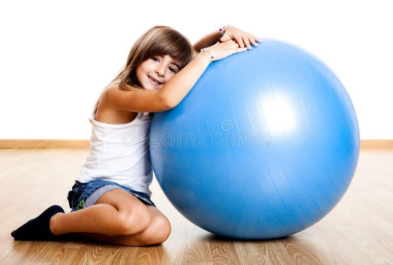 Download Criança feliz imagem de stock. Imagem de home, azul, miúdo - 12805649