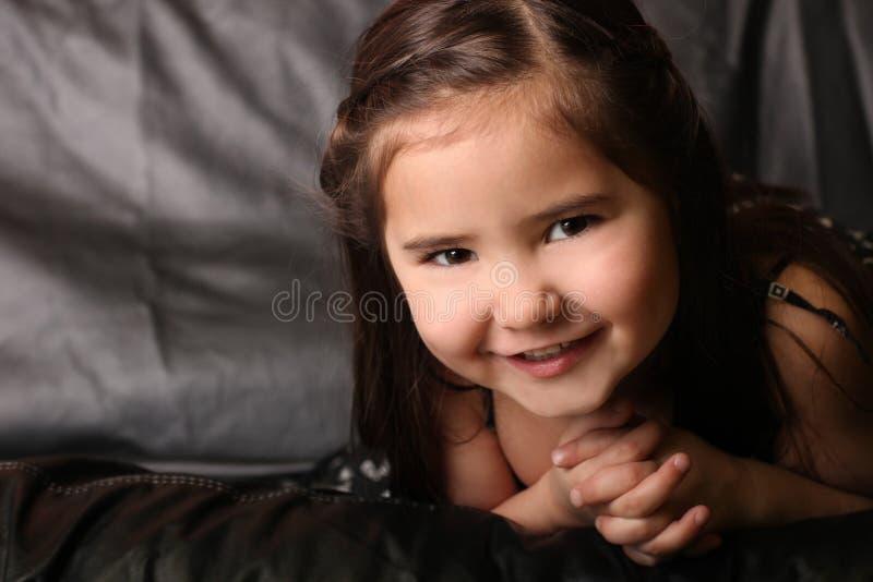 Criança feliz brilhante fotografia de stock