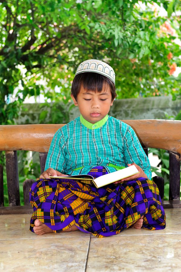 Criança muçulmana foto de stock