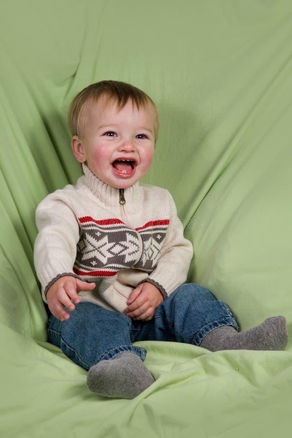 Criança na roupa do inverno imagens de stock