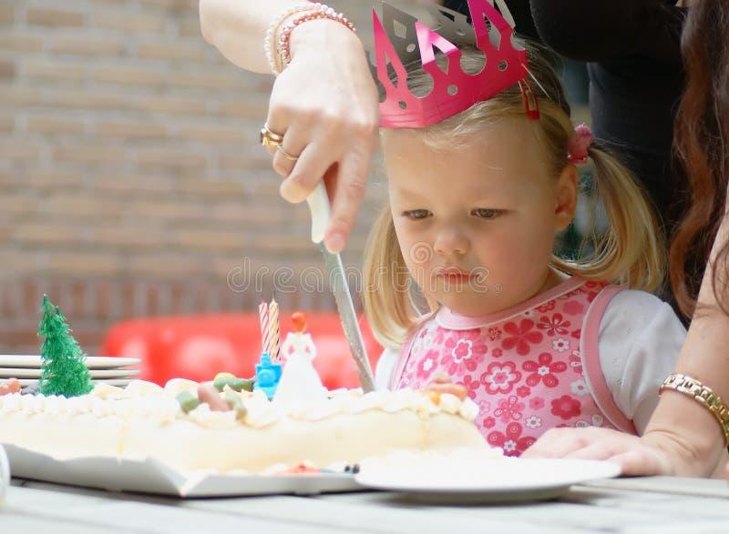 Criança no aniversário foto de stock