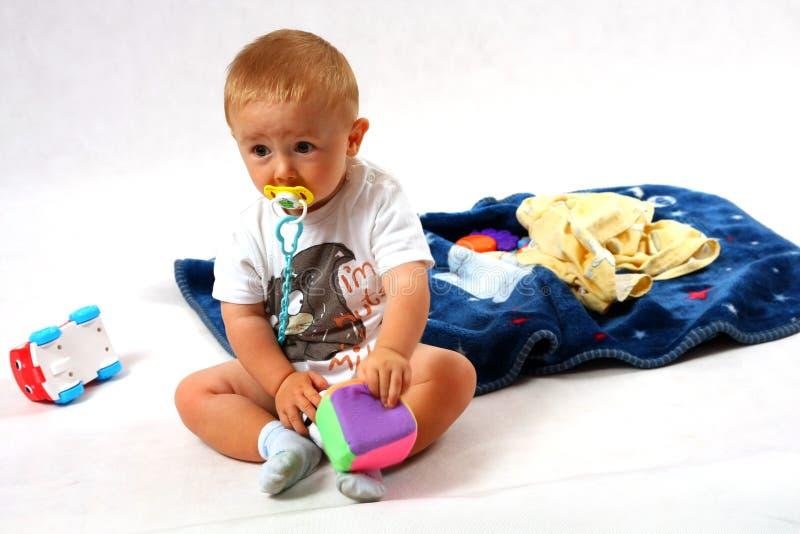 Criança no estúdio fotografia de stock royalty free