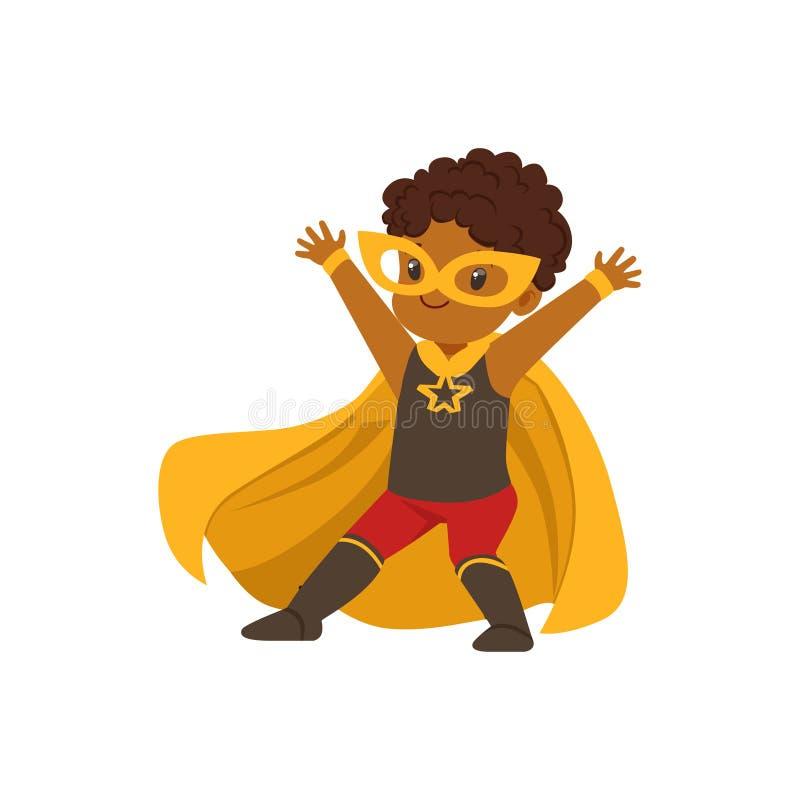 Criança preta corajoso cômica no traje colorido de Dia das Bruxas do super-herói com máscara e tornar-se no cabo do amarelo do ve ilustração do vetor