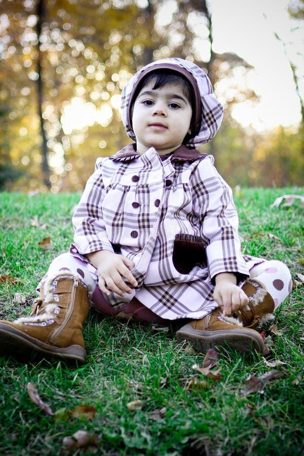 Criança que tem fun3 imagem de stock royalty free