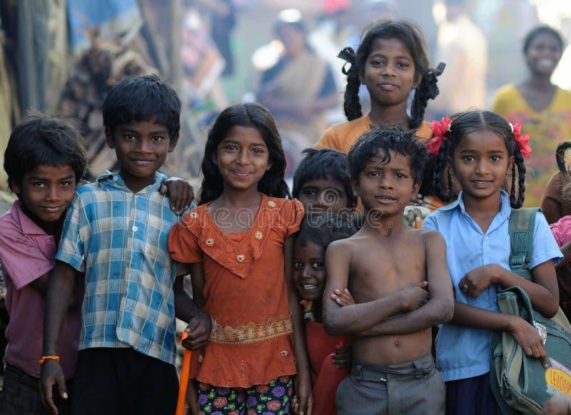 Criança suja com corações bonitos e sorriso doce foto de stock royalty free