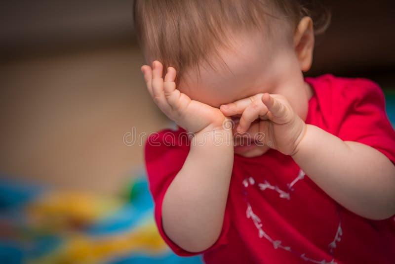 Criança virada imagens de stock
