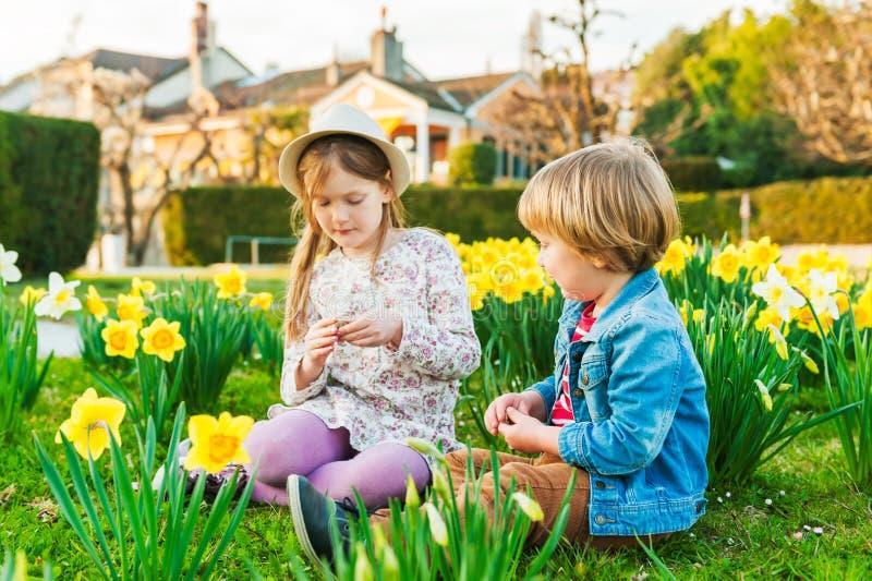 Crianças adoráveis fotografia de stock royalty free