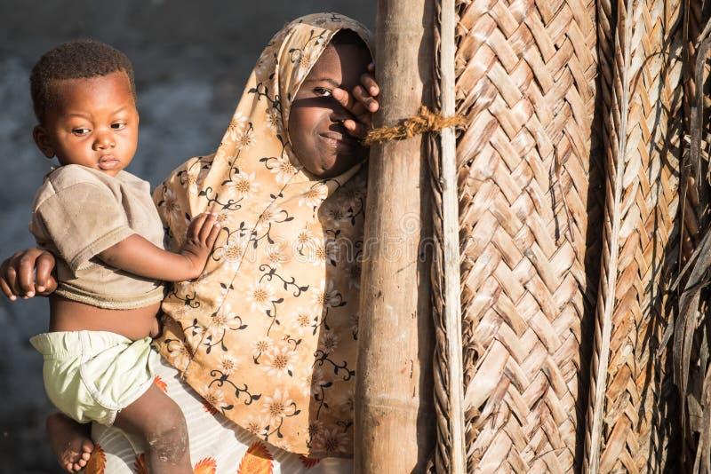 Crianças africanas na ilha de Zanzibar fotografia de stock royalty free