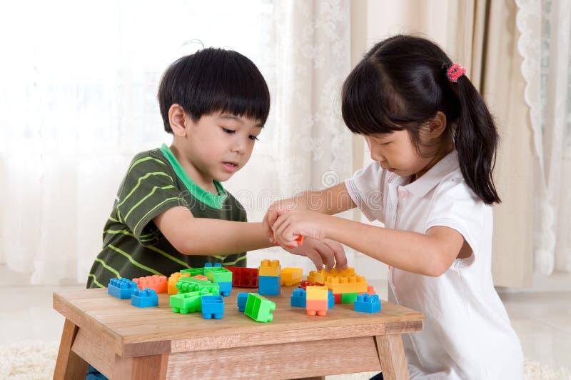 Crianças asiáticas imagem de stock royalty free
