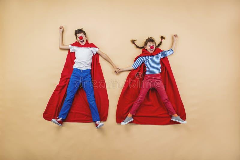 Crianças como super-herói fotos de stock