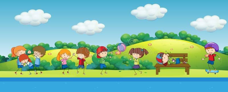 Crianças da garatuja que jogam no parque ilustração royalty free