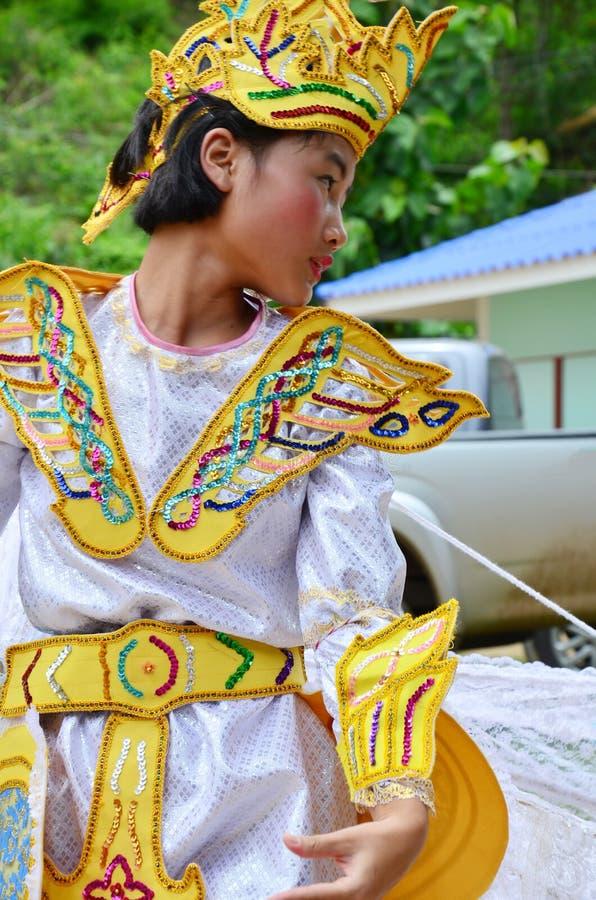 Crianças de Shan eles dança do kinnari da mostra para o viajante fotografia de stock